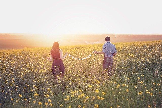 遠距離恋愛のメリットとデメリット
