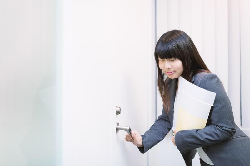 「フット・イン・ザ・ドア」と「ドア・イン・ザ・フェイ」